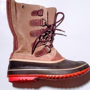 Sorel tan suede rain/snow boots & leather accents
